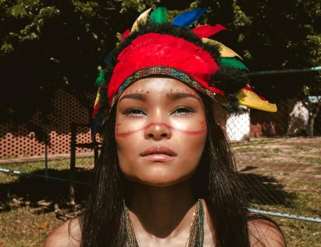 Les indiens d'amazonie produisent des bières au manioc